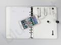 multifunkcyjny organizer z wbudowanymi kablami, powerbankiem i pamięcią usb