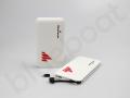 powerbank z wbudowanym kablem micro USB i adapterem do iPhone\'a